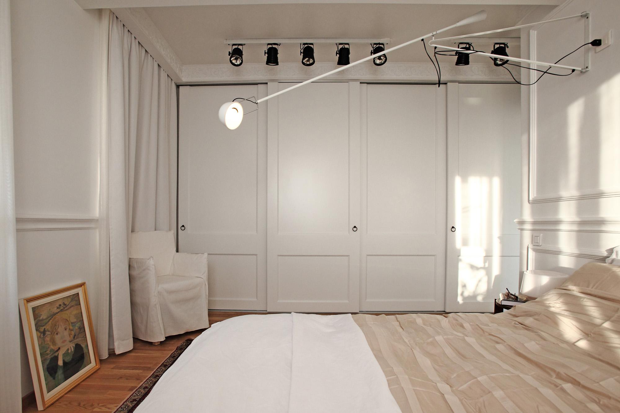 https://ahe-ro.s3.amazonaws.com/12332/apartament-elegant-cu-4-camere-si-terase-generoase-in-centrul-bucurestiului-%283%29.jpg