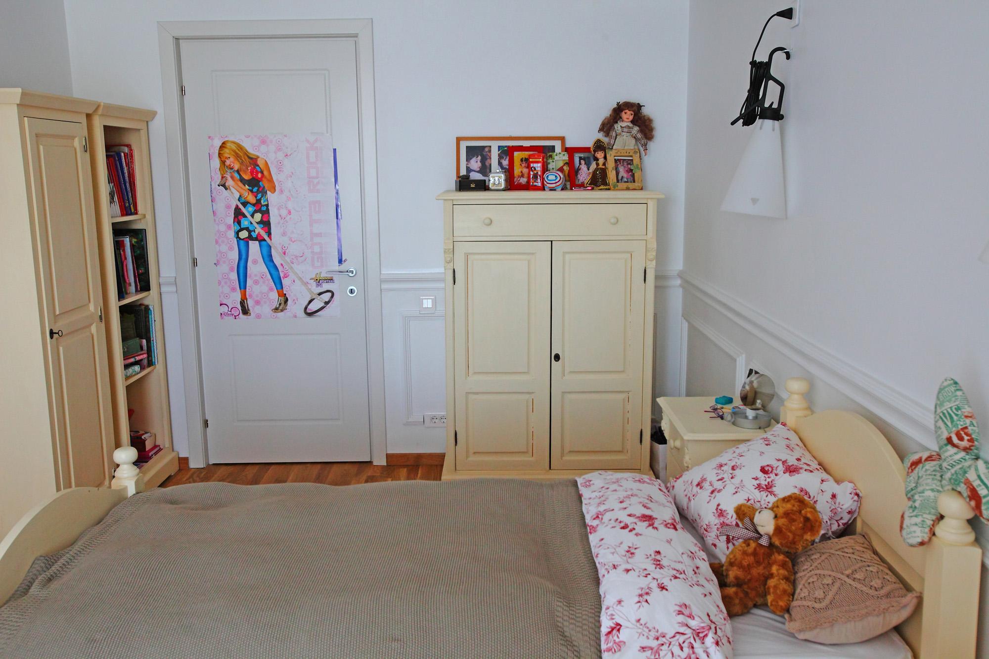 https://ahe-ro.s3.amazonaws.com/12334/apartament-elegant-cu-4-camere-si-terase-generoase-in-centrul-bucurestiului-%2812%29.jpg