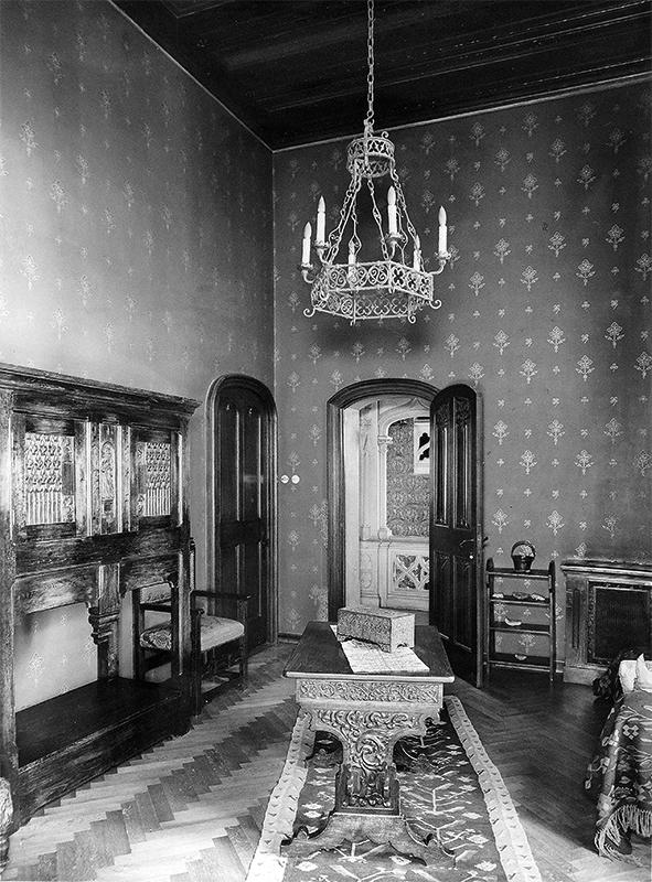 https://ahe-ro.s3.amazonaws.com/2209/interior_re_edin_a_ilie_i._i_ta_iana_niculescu-doroban_u_1939_st_nescu_5.jpg