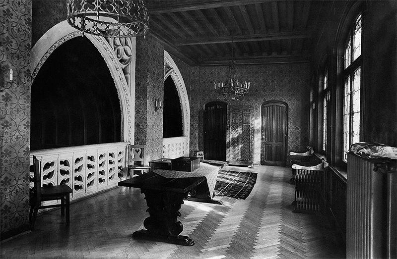 https://ahe-ro.s3.amazonaws.com/2212/interior_re_edin_a_ilie_i._i_ta_iana_niculescu-doroban_u_1939_st_nescu_7.jpg