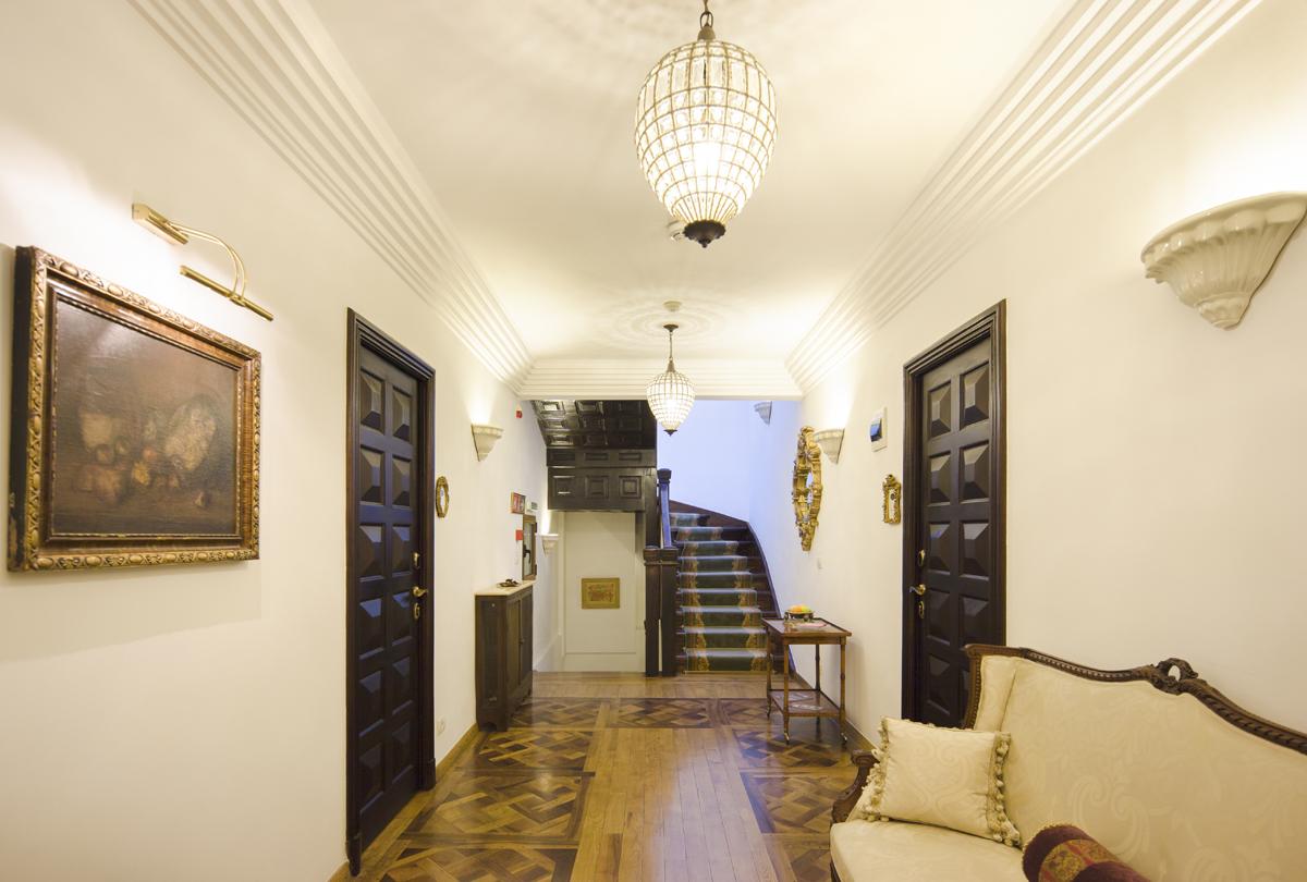https://ahe-ro.s3.amazonaws.com/5986/Vila-doctorului-Ion-Moscu-Scala-Boutique-Hotel--arh.-Gh.-Simotta-bucuresti-%2820%29.jpg