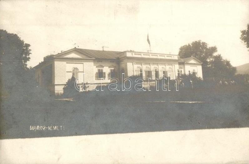 https://ahe-ro.s3.amazonaws.com/721/castelul_mintia_1908.jpg